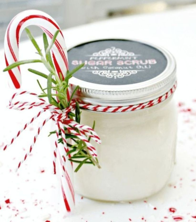 Easy homemade essential oil gifts for christmas for friend