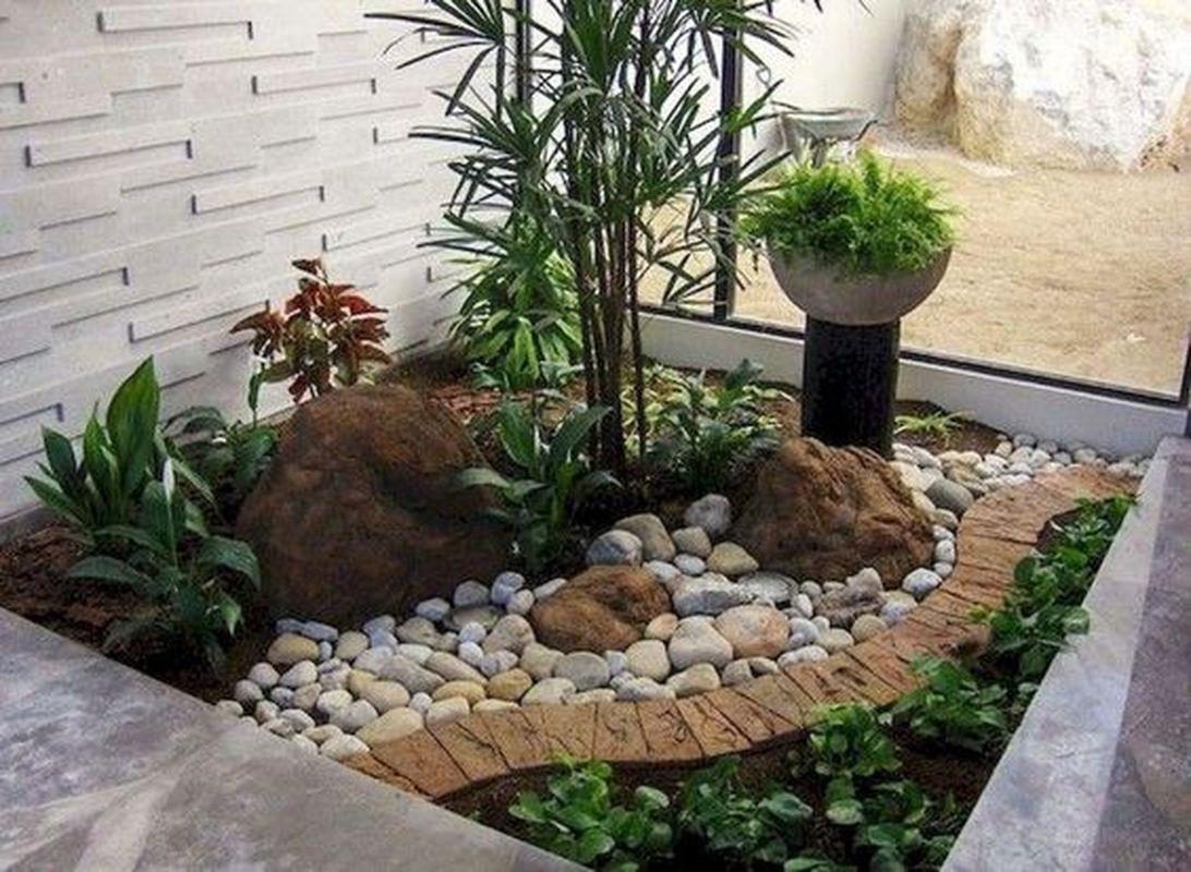 25 Beautiful Front Yard Rock Garden Landscaping Design ...